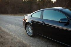 Auto op weg, rechterkant stock afbeelding