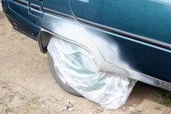 Auto pintura Reparação de automóveis Carro velho imagens de stock