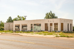 Auto Repair Shop and Cafe. Former auto repair shop turned cafe and now abandoned on Route 66 Royalty Free Stock Photography