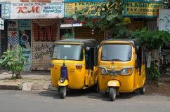 Auto riksza na ulicie w Pondicherry, Zdjęcia Stock
