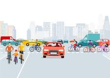 Auto's en fietsers in stad royalty-vrije illustratie