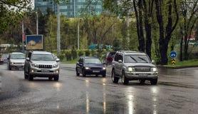 Auto's en regen Royalty-vrije Stock Foto