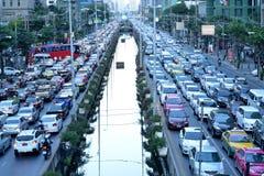 Auto's op asfalt Royalty-vrije Stock Afbeeldingen