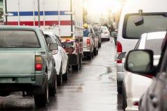 Auto's op de weg royalty-vrije stock afbeelding