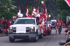 Auto's op parade bij de Dag van Canada Stock Foto