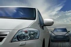 Auto's op weg Royalty-vrije Stock Afbeeldingen