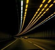 Auto's in tunnel Royalty-vrije Stock Foto's