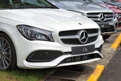 Auto's van het Mercedes-merk bij de Handelsbeurs van Gijon in 2018 wordt tentoongesteld die stock afbeelding