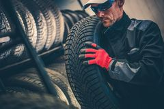 Auto Service Tire Replacement royalty free stock photo