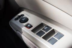 Auto Sideview-Spiegelknopf, hohe und flache Schärfentiefe des Abschlusses Lizenzfreies Stockbild