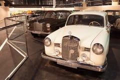 Auto'sinzameling bij het Automuseum van Emiraten Royalty-vrije Stock Foto