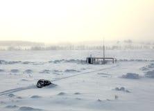Auto in sneeuw Royalty-vrije Stock Fotografie