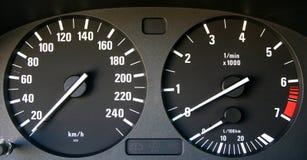 Auto snelheidsmeter en tachymeter Stock Fotografie