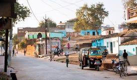 Auto ställning för rickshawthree-weelertaxi på gatan Fotografering för Bildbyråer