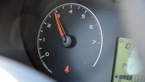 Auto U/min stock footage