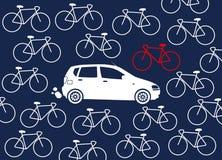 Auto umgeben durch Fahrräder Stockfoto