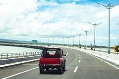 Auto und das Tollway in Bali Lizenzfreie Stockfotos