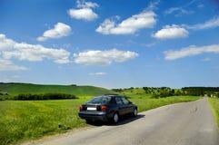 Auto und Landschaft stockbild