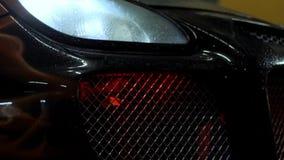 Auto van de rood licht de zwarte bumper stock footage