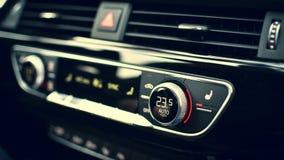 Auto Wechselstrom-Uhr, führend einzeln auf Lizenzfreie Stockfotos
