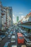 Auto in Yangon wordt geplakt die Royalty-vrije Stock Foto's
