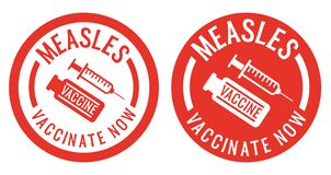 Autoadesivi o bolli di vaccinazione di morbillo con l'icona del vaccino e della siringa royalty illustrazione gratis