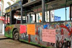 Autobús como barricada fotografía de archivo libre de regalías