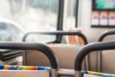 Autobús de la opinión del ot del punto de los pasajeros fotografía de archivo