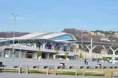 Autobús del parque olímpico y estación de tren, Sochi Fotos de archivo