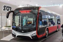 Autobús eléctrico del sor fotos de archivo