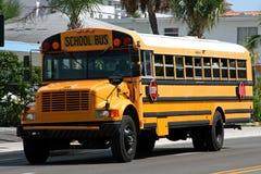 Autobús escolar americano amarillo Fotografía de archivo