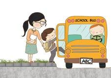 Autobús escolar del embarque del niño Foto de archivo