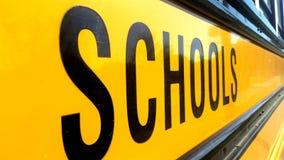 Autobús escolar Sideview imágenes de archivo libres de regalías
