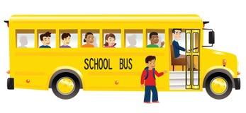 Autobús escolar y niños Imágenes de archivo libres de regalías