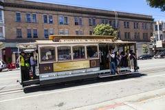 Autobús famoso del teleférico en Powell Imagen de archivo