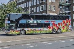 Autobús Keukenhof Holland Tours y boletos en Amsterdam el 2018 holandés fotografía de archivo