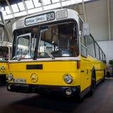Autobús Mercedes-Benz O 307, 1981 de la ciudad Foto de archivo