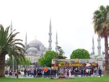 Autobús turístico en Estambul fotos de archivo