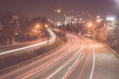 Autobahn nachts lizenzfreies stockbild