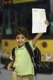 Autobús escolar del niño Imágenes de archivo libres de regalías