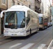 Autobus de touristes à Lisbonne Image stock
