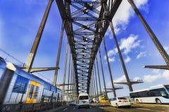 Autobus de train de pont de port de HWY Photo libre de droits