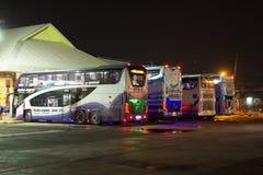 Autobus de Volvo d'entreprise de transport de Sasanan Image libre de droits