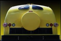 Autobus jaune sur gradiant Images libres de droits