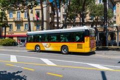 Autobus należy Auto Postale zdjęcie royalty free