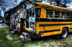 Autobus scolaire d'abandon Image stock