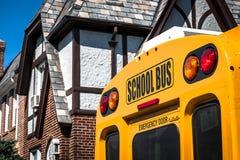 Autobus scolaire jaune Image libre de droits