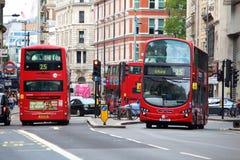 Autobuses de la ciudad de Londres Imagen de archivo libre de regalías