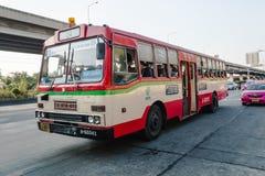 24 autobuses del rojo en Bangkok Imagen de archivo libre de regalías