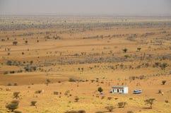 Autobusowa przerwa po środku afrykanin pustyni Obraz Stock